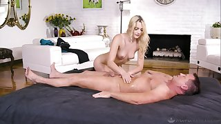Kenna James when her lover cum on her pussy after amazing sex