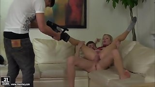 Behind the scenes with horny Anita Hengher, Logan and Spice